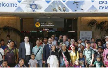 Prophecy Unfolding: Hundreds of Bnei Menashe from India Returning to Zion by Anav Silverman